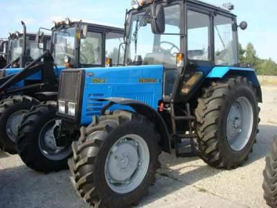 Купить новый трактор «Беларус» МТЗ 892.2 по цене от производителя